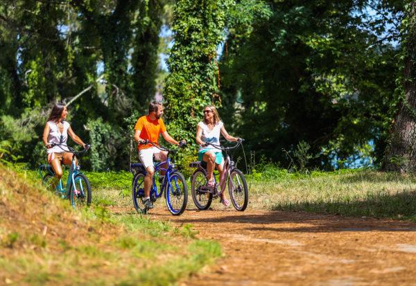 visites-guidees-velos-electriques-biarritz-anglet-bayonne-hendaye-les-roues-de-lilou