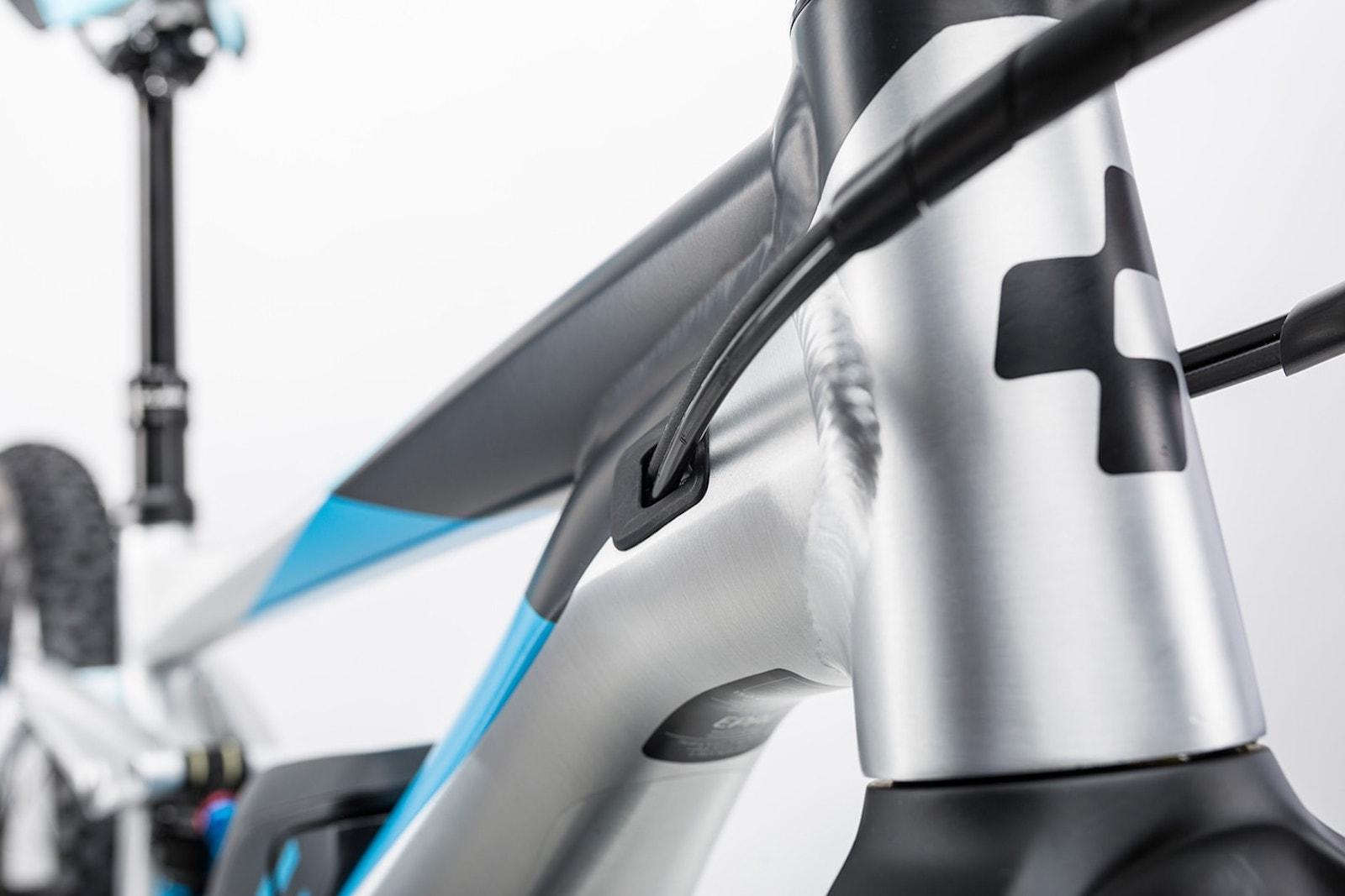 vtt-electrique-cube-stereo-hybrid-160-race-hpa-vente-location-les-roues-de-lilou-05