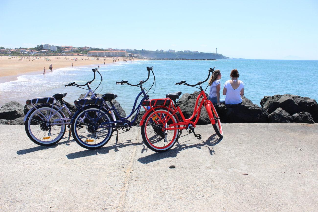 electric bike hire biarritz anglet bayonne les roues de lilou les roues de lilou location. Black Bedroom Furniture Sets. Home Design Ideas