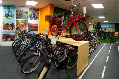 reparacion-de-bicis-y-bicis eléctricas-biarritz-anglet-bayonne-les-roues-de-lilou