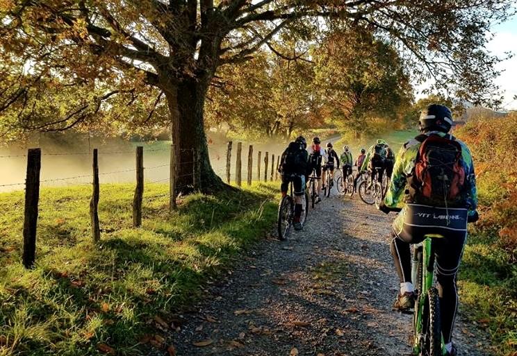 tour-bici-bici-electrica-les-roues-de-lilou-landes (4)