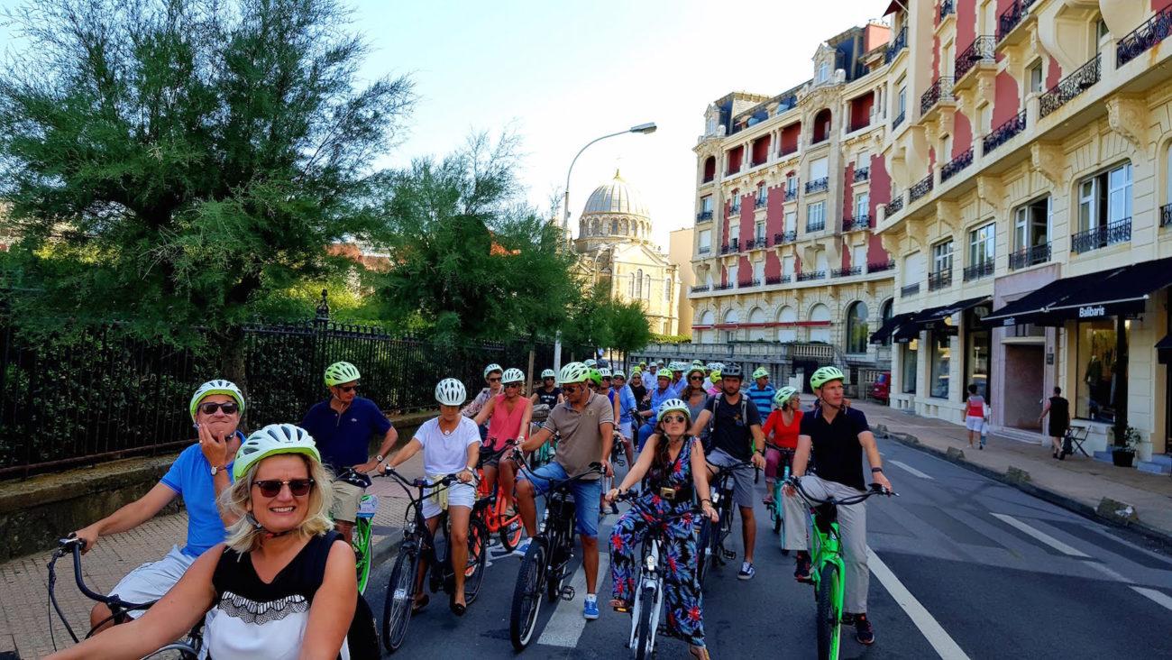 organiser-seminaire-biarritz-alentours-activite-les-roues-de-lilou-activite-seminaire-team-building