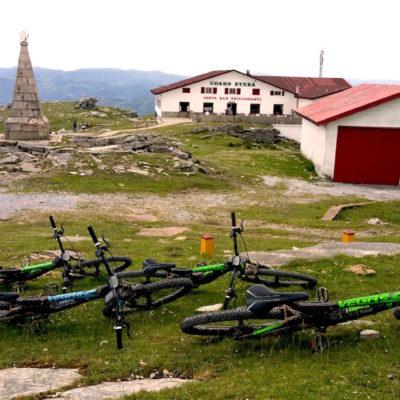 visites-guidees-pays-basque-en-vtt-electriques